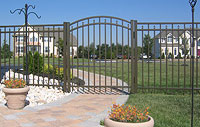 Delgard Commercial Laurel Aluminum Fence